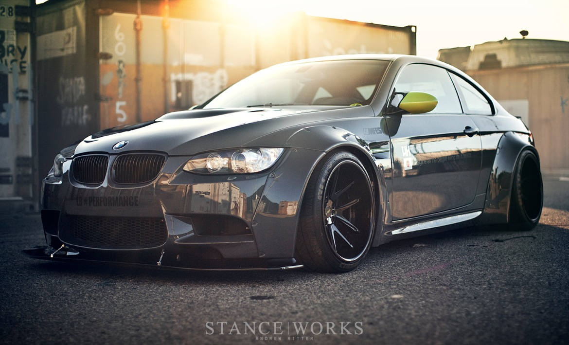 liberty-walk-e92-bmw-nitto.jpg